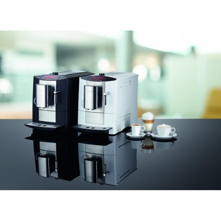 Флагманская отдельно стоящая кофемашина Miele CM 5200.