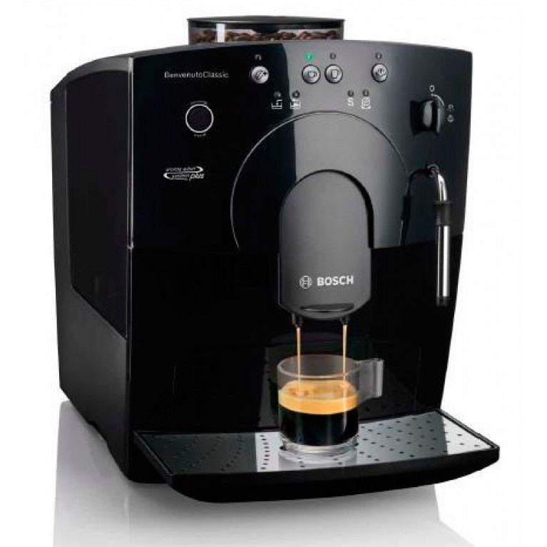 Bosch TCA5309 приготовит кофе с молоком или молочной пеной.