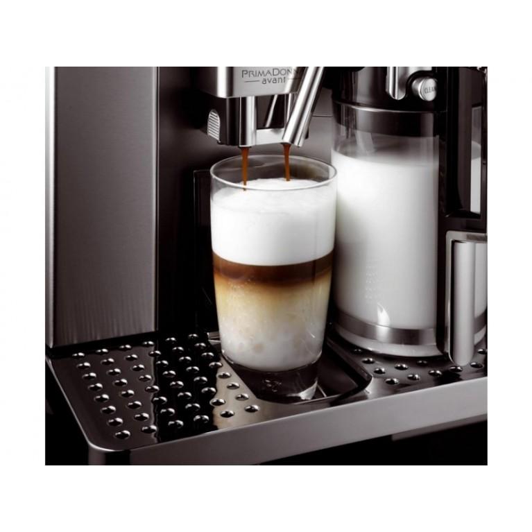 Кофемашина DeLonghi ESAM 6704 PrimaDonna Avant